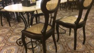 Confeiteria Colombo - Kaffeehaus Tische und Stühle