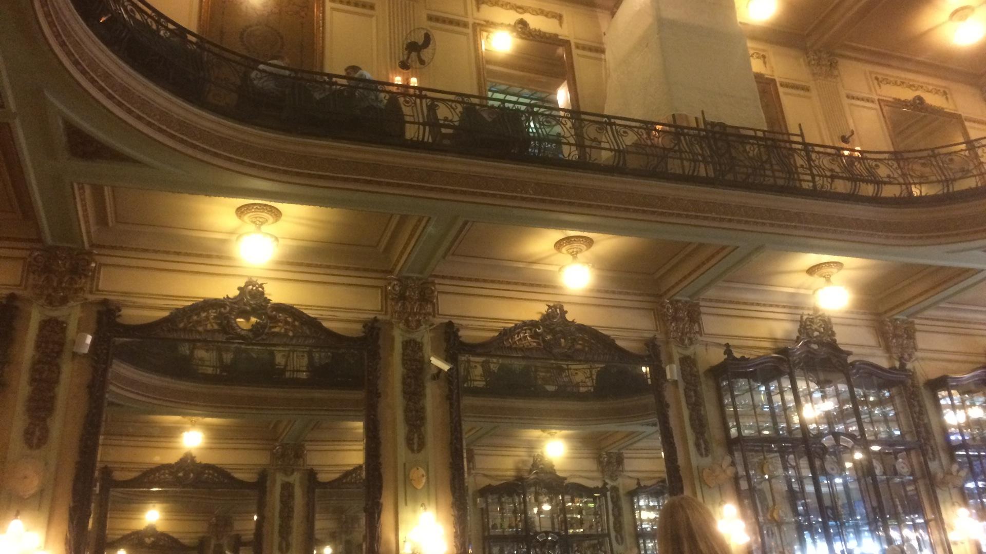 Confeteria Colombo - Spiegel und Leuchten