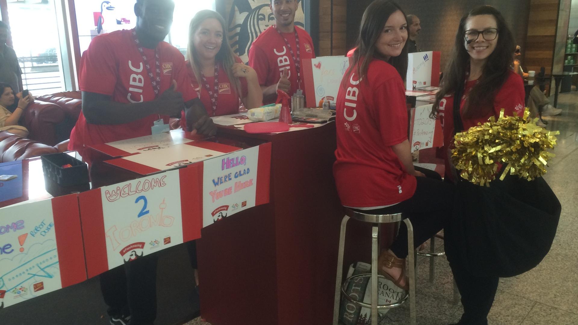 Der freundliche Welcome Desk für Besucher Toronto & Panam Games