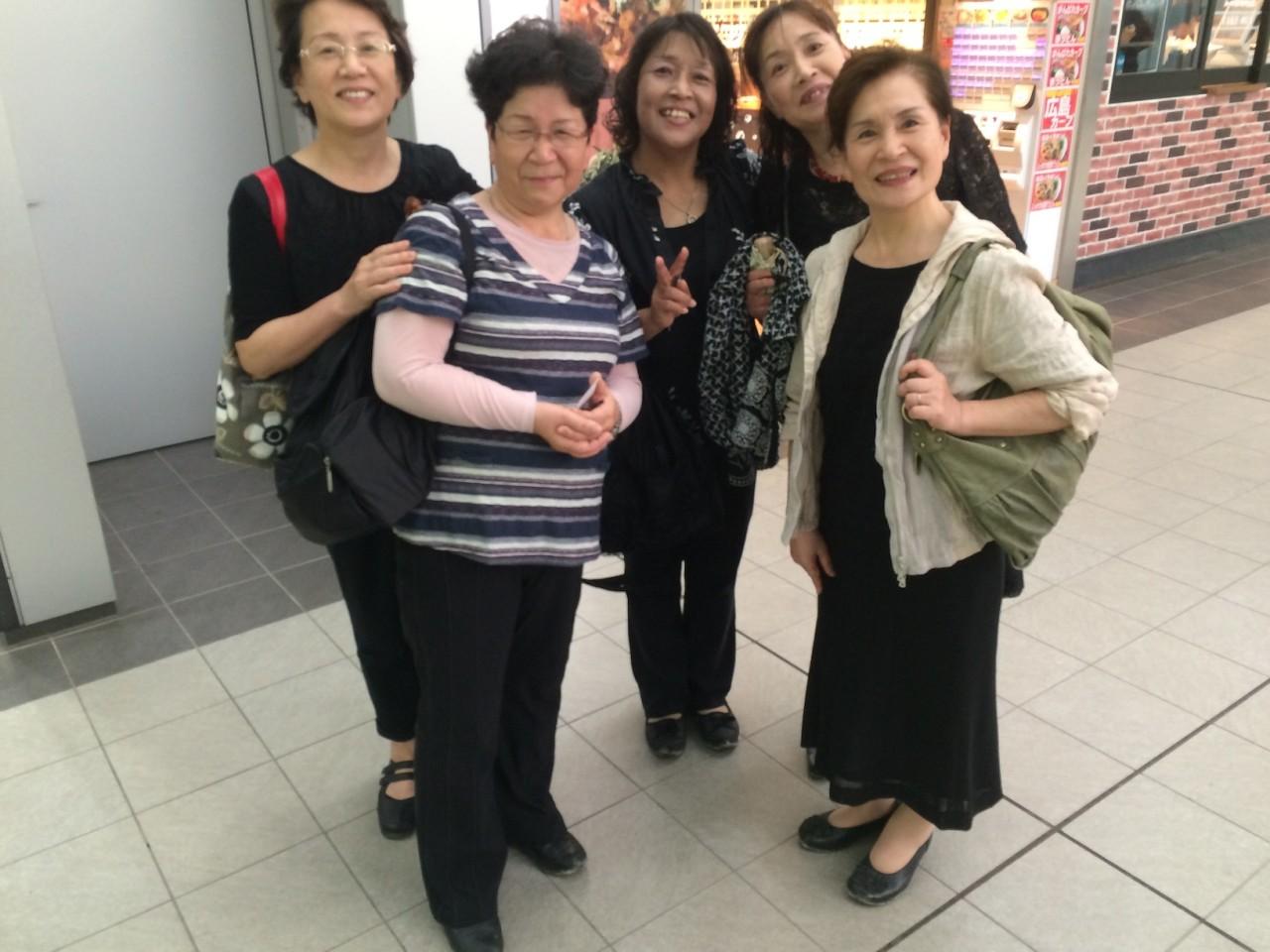 5 sisters from Kagoshima on a daytrip to Miyajima island